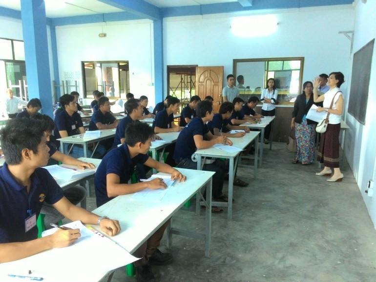 ミャンマー技能実習生採用面接、筆記試験