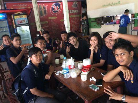 ミャンマー人の若者たち