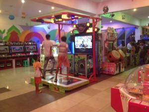 ミャンマー遊び