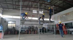 足場の組み立て実技試験-ミャンマー人技能実習生